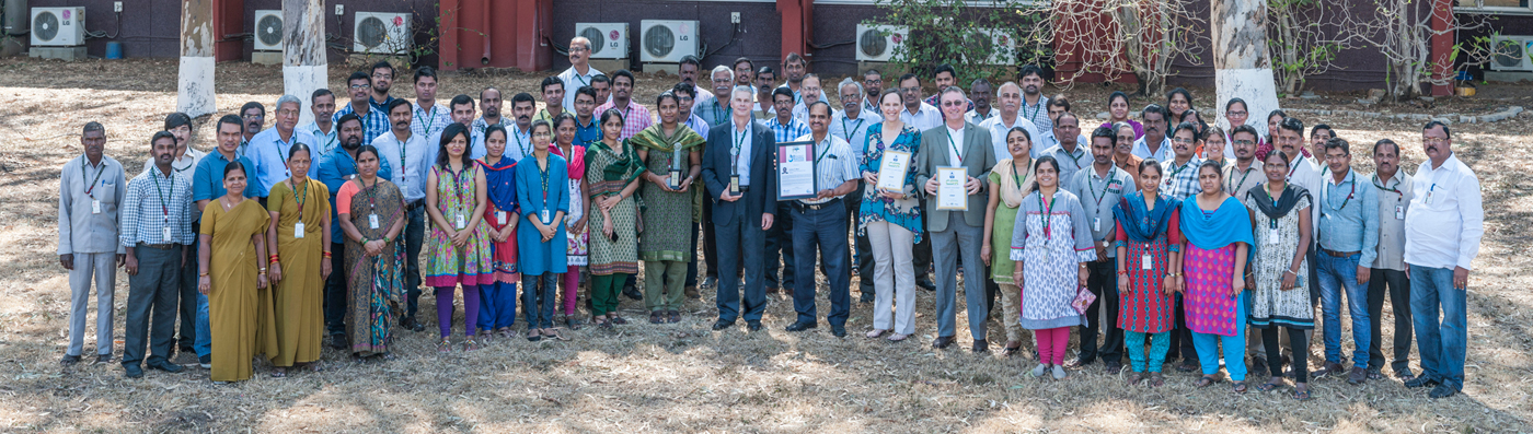 IDC team with the award. (Photos: PS Rao, ICRISAT)