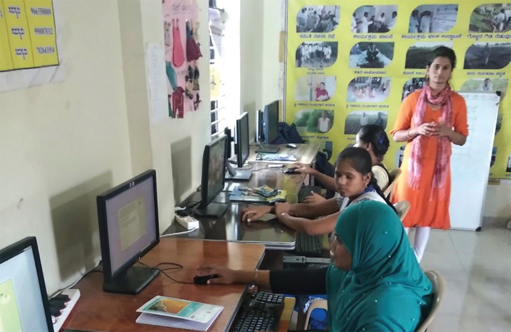 Bhagyashree has been playing the key role of a computer trainer and has trained 2 batches of more than 25 students in basic computer skills. Photo: S Arun, ICRISAT